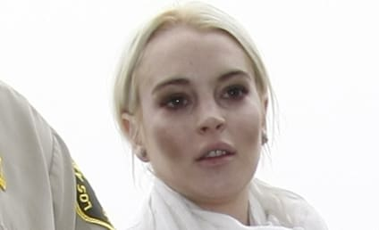 Lindsay Lohan: Free on Bail, Off to Morgue, Dressed Like Freaking Ghost