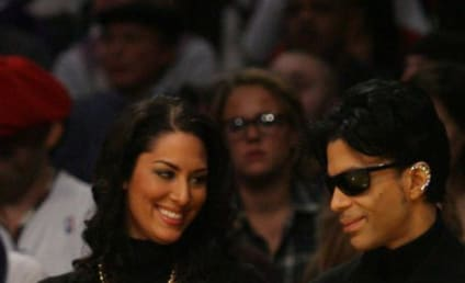 Prince to Play Private Gig, Maybe Take Over Club in Vegas