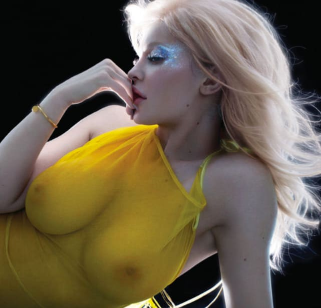 Kylie Jenner Nude V