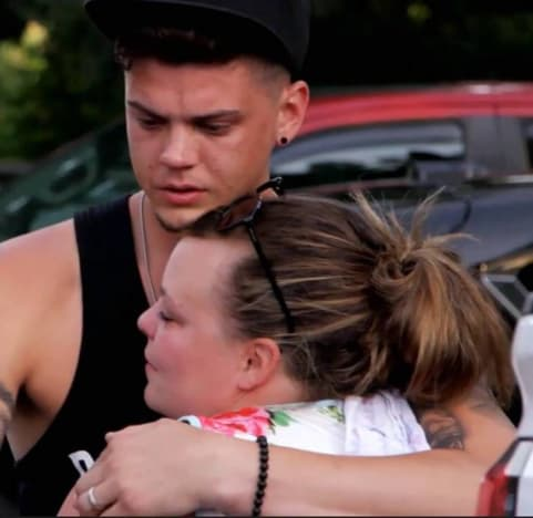 Tyler Baltierra and Catelynn Lowell Cry