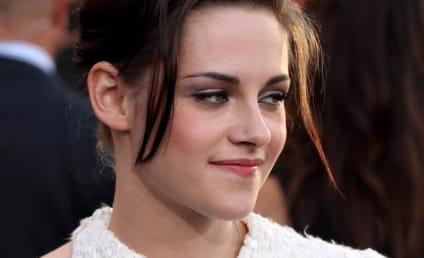 "Breaking Dawn Screenwriter Teases ""Sensual Sex"" Between Robert Pattinson and Kristen Stewart"
