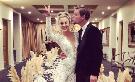 Kaley Cuoco Reception Photo