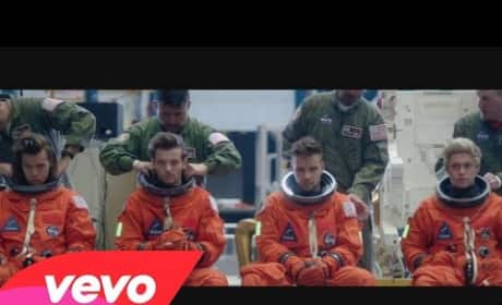 "One Direction ""Drag Me Down"" Music Video"