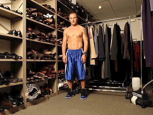 Sean Avery Shirtless