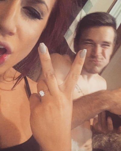 Cole DeBoer Proposes To Chelsea Houska