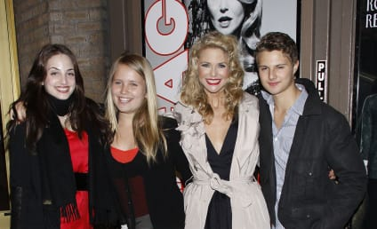 Christie Brinkley, Kids Hit Disney World