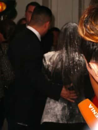 Kim Kardashian White Powder Pic