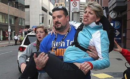 Joe Andruzzi, Former Patriots Star, Carries Woman to Safety After Marathon Blast