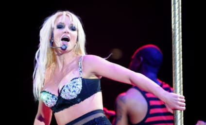 This Just In: Britney Spears Lip-Syncs!