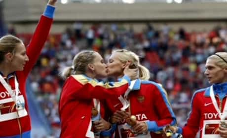 Russian Female Athletes Kiss on Podium