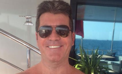 Simon Cowell and Baby Go Shirtless: Like Father, Like Son!