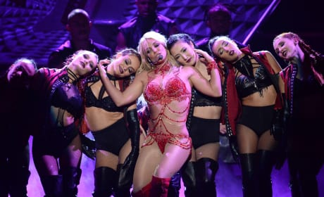 Britney Spears And Her Dancers Perform At The 2016 Billboard Music Awards