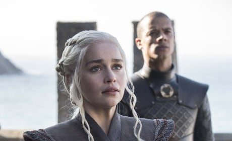Game of Thrones Season 7 Premiere Photos: Winter Is Here!