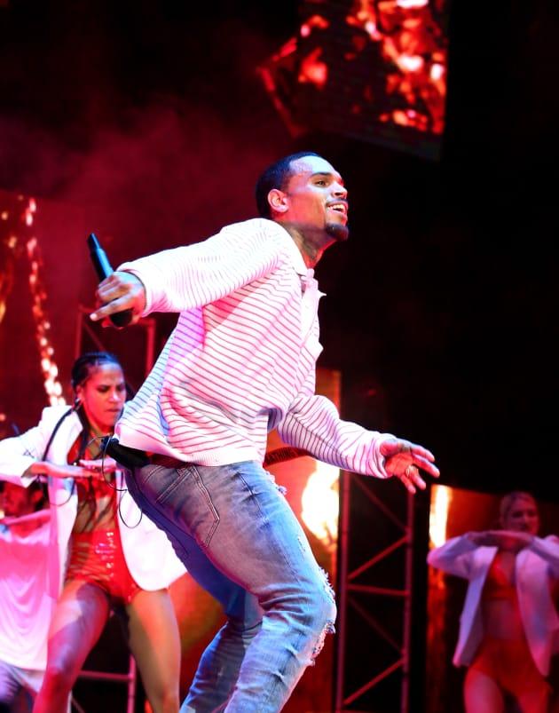 Chris Brown is Dancing