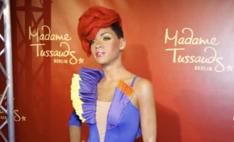 Whose hair is better, Rihanna's or Woody Woodpecker's?