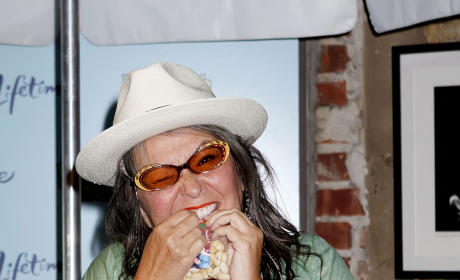 Would you vote Roseanne Barr for President?