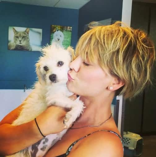 Kaley Cuoco, New Puppy