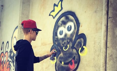 Is Justin Bieber's graffiti monkey racist?