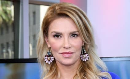 Brandi Glanville Squats Over Baby Jesus, Offends the Internet