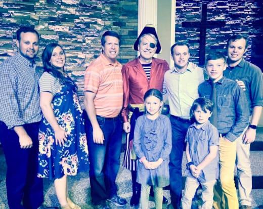 Josh Duggar, Anna and Family
