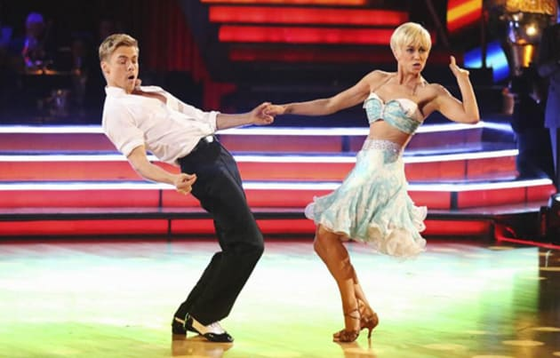 Kellie Pickler and Derek Hough Win