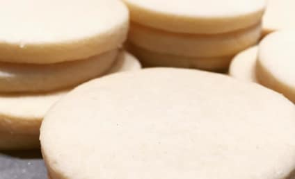 Teen Bakes Grandfather's Ashes Into Cookies for Classmates