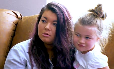 "Amber Portwood: Mom-Shamed After ""Ditching"" Daughter!"