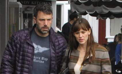 Ben Affleck: Moving Back In With Jennifer Garner?!