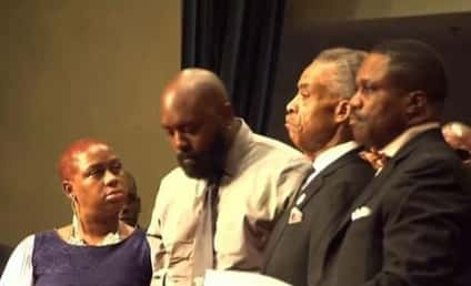 Michael Brown Funeral: Missouri Teen Laid to Rest, Father Calls For Day of Silence
