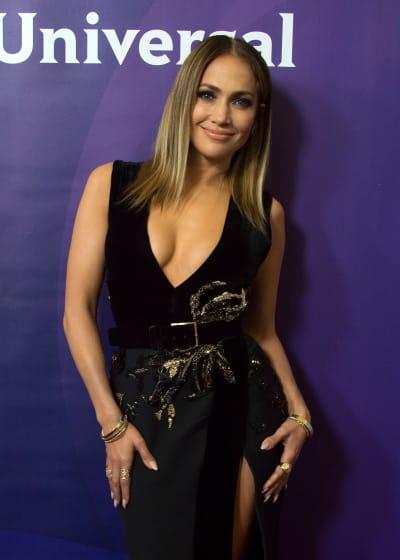 Jennifer Lopez Sizzles!