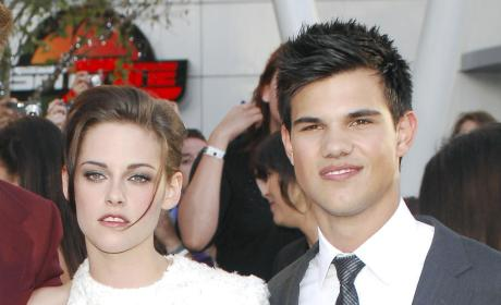 A Kristen Stewart and Taylor Lautner Picture