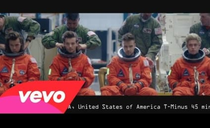 """One Direction Blasts Off in """"Drag Me Down"""" Music Video"""