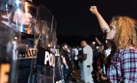 Keith Lamont Scott Shooting Leads to Charlotte Protests, Riots