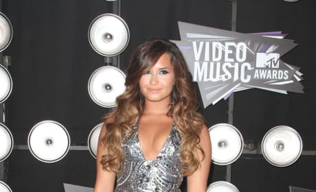 Demi Lovato VMA Outfit