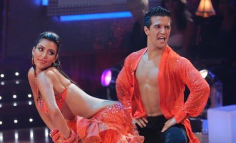 Dancing with the Stars Flashback: Kim Kardashian Fails Booty 101
