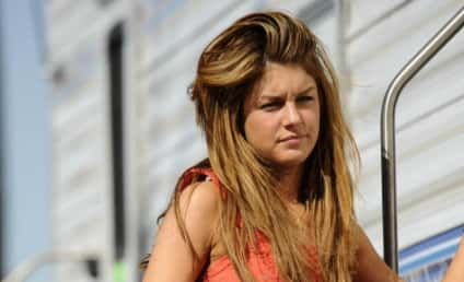 Shenae Grimes Denies Rumors; Still Looks Really Thin