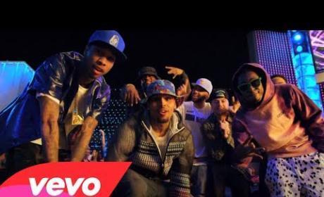 Chris Brown - Loyal ft. Lil Wayne, Tyga (Official Music Video)