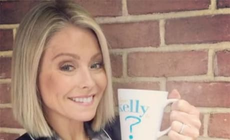 Kelly Ripa with the Tease