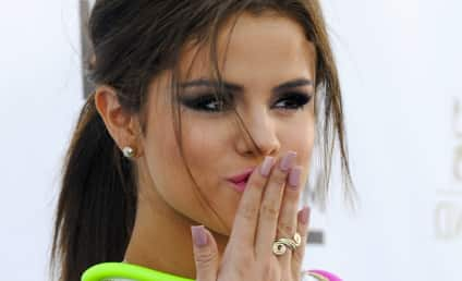 Selena Gomez and Austin Mahone: Dating?