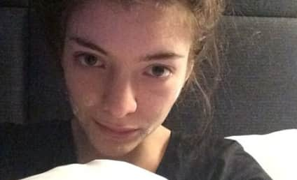 Lorde: No Makeup, All Acne Cream in Bed!