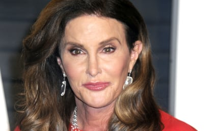 Caitlyn Jenner Shows Support for Ted Cruz