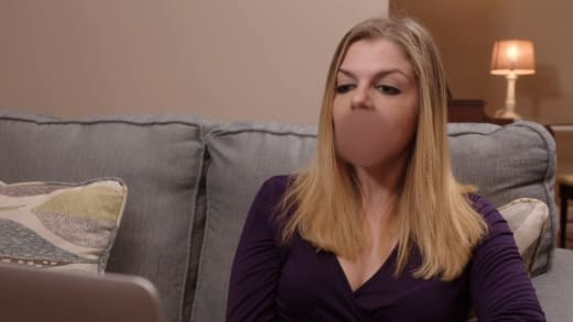 Ariela Weinberg curses, says there's no telling who Biniyam has boned (preview)