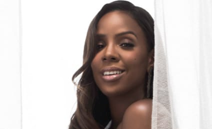 Kelly Rowland: Nude and Pregnant for ELLE!
