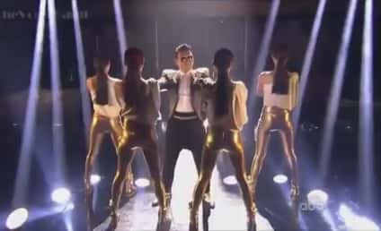 "PSY Performs ""Gentleman"" on Dancing With the Stars Finale"