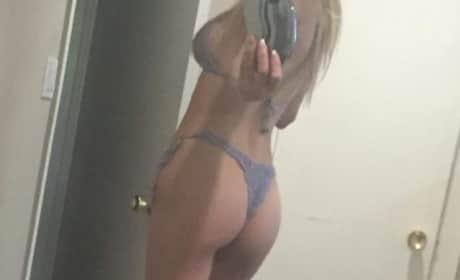 Brandi Glanville Butt Selfie Image
