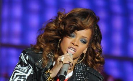 Rihanna Goes Trekkie