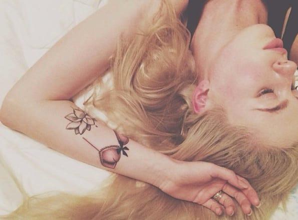 Ireland Baldwin Tattoo Selfie