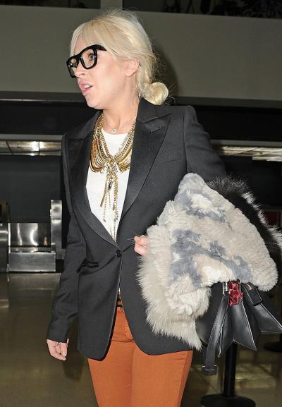 Lindsay Lohan, Black Glasses
