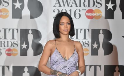 Rihanna & Jennifer Lopez: Fighting Over Drake?!