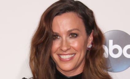 Alanis Morissette: Pregnant with Baby #2!